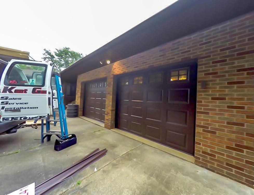 Garage door installation in Cuyahoga Falls